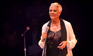 Read Dionne Warwick with Special Guest Darlene Love at NYCB Theatre at Westbury
