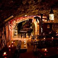 Le Caveau Des Légendes