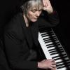 Carole Nelson