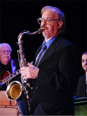 Larry Slezak