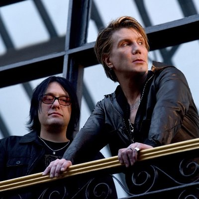 "Read ""Goo Goo Dolls & Collective Soul at the Nikon at Jones Beach Theater"""