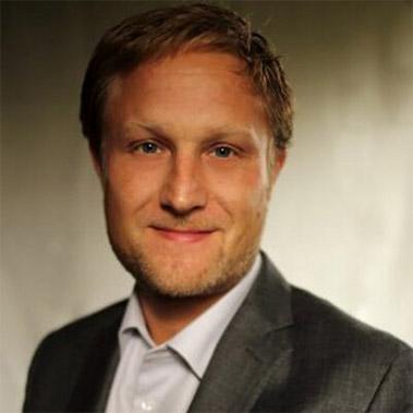 Dr. Nicolas Graf Associate Dean