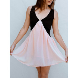 V-Neck Color Block Sleeveless Dress