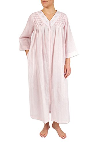 Heavenly Bodies Seersucker Robe, Long Coverup with Soft Lightweight Fabric for Summer and Easy On Full Zipper Front (1X, Pink)