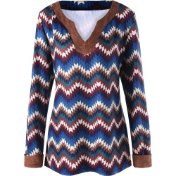 Plus Size Zigzag Print Top