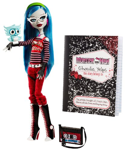 Monster High Ghoulia Yelps Doll with Pet Owl Sir Hoots A Lot