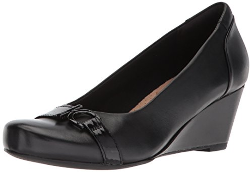 Clarks Women's Flores Poppy Wedge Pump,black leather,5 B(M) US
