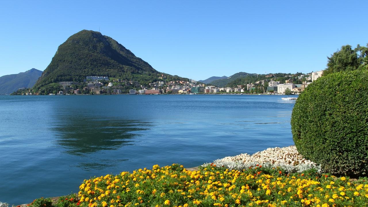 بحيرة لوقانو سويسرا