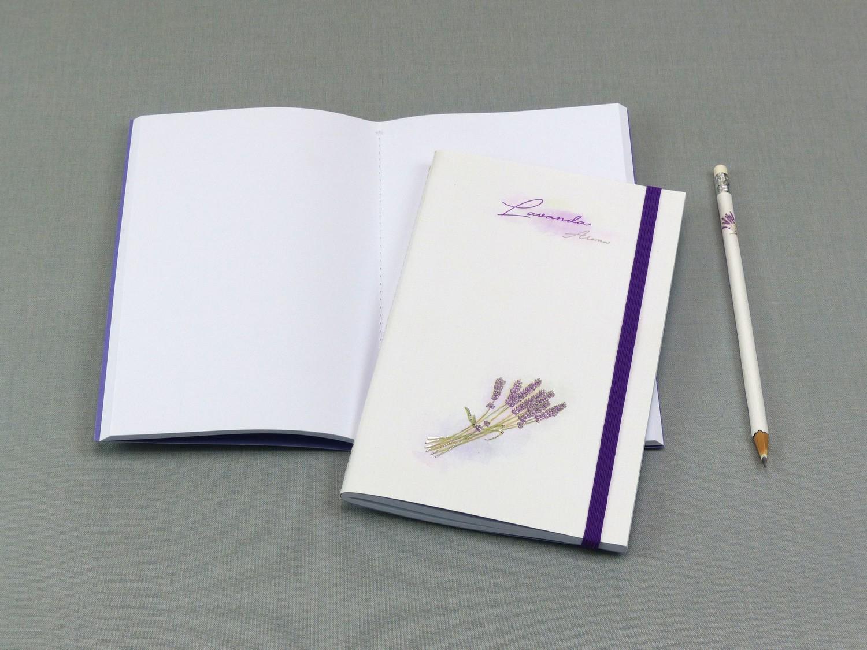 Caderno com costura Singer Lavanda médio