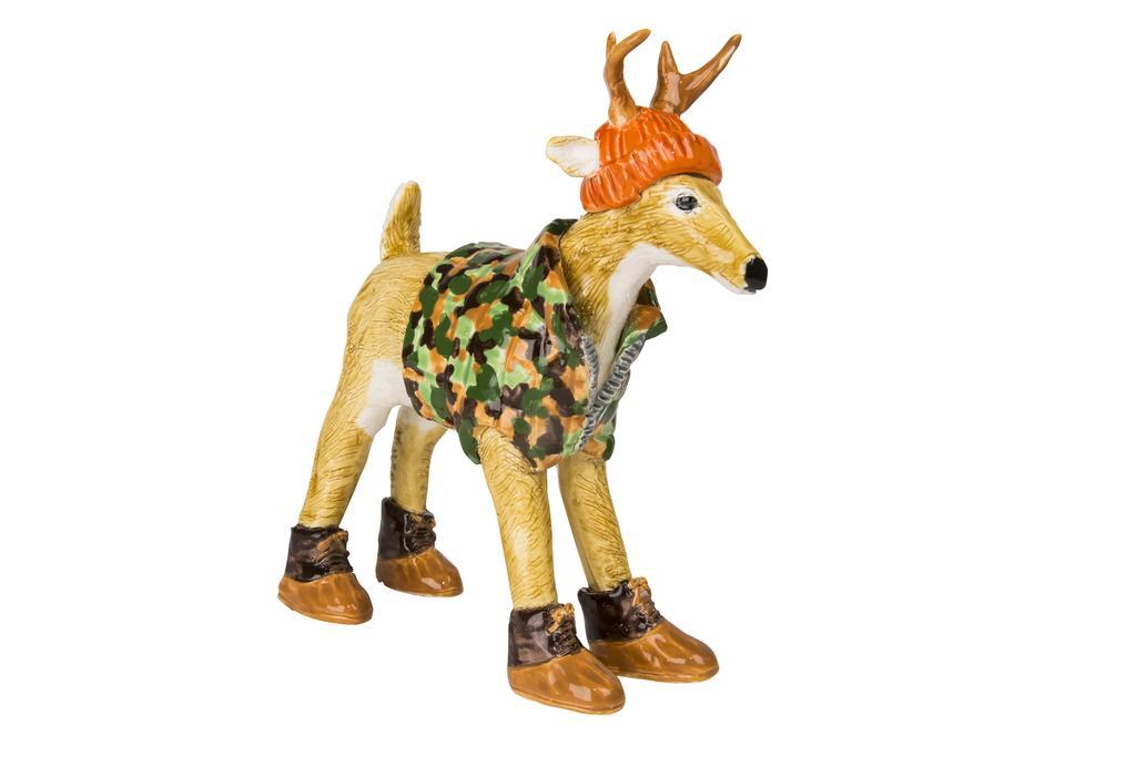 Large deer 6205