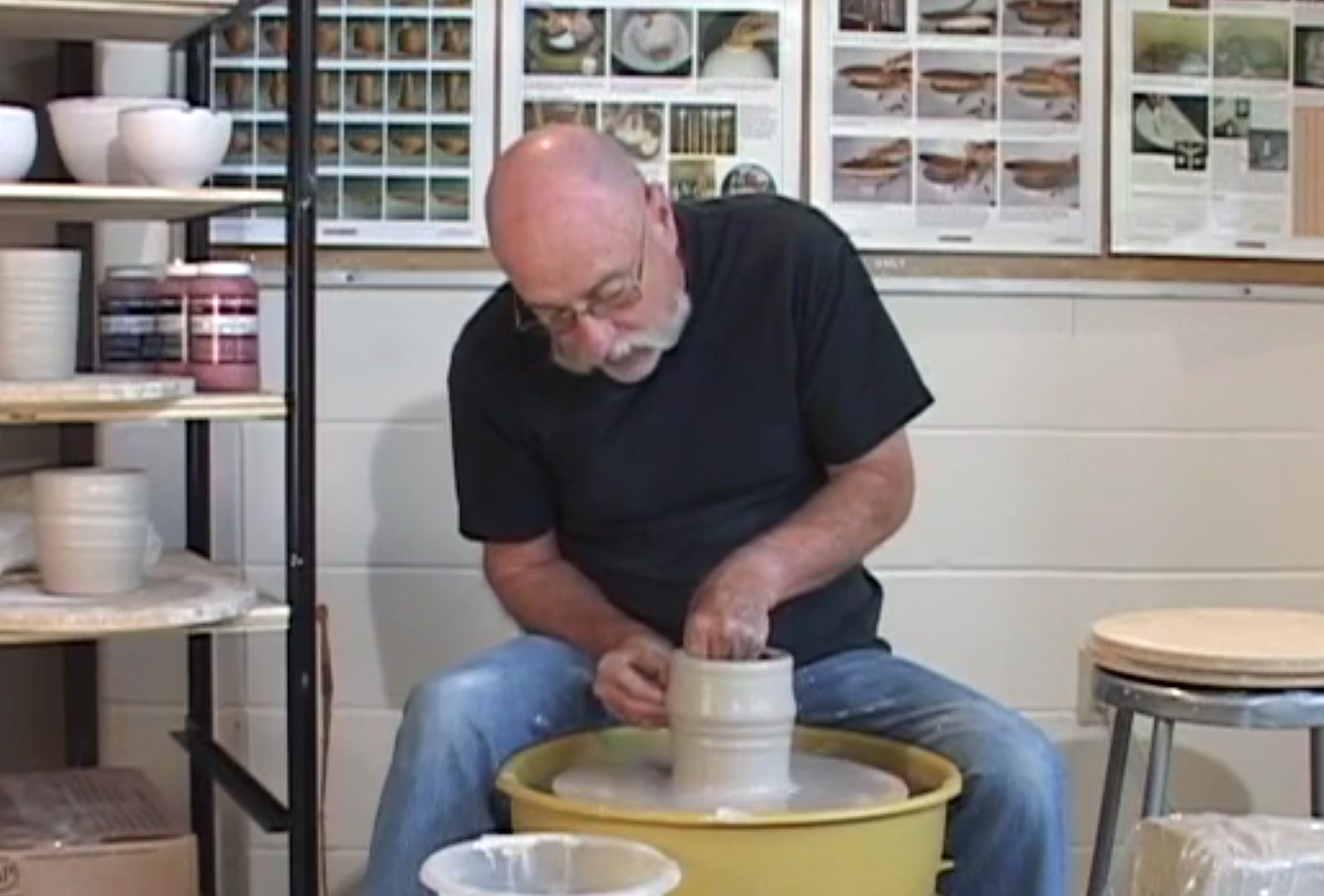 how to throw on the potter u0026 39 s wheel with dee schaad