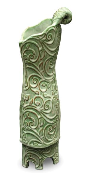 O42 moss green vase 2048px