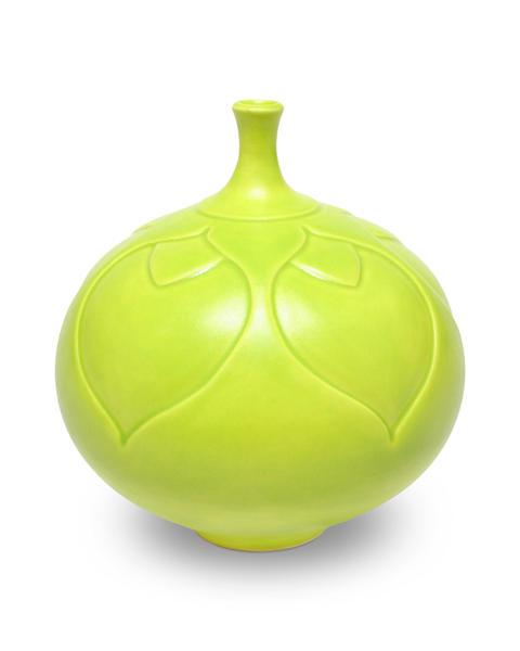 Sm44 chartreuse sprague vase 2048px