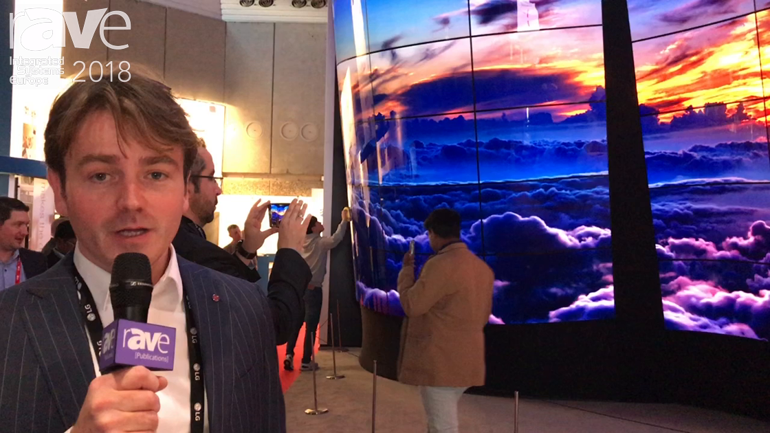 ISE 2018: LG Features Open Frame OLED Display With Curvature of 1.5 to 2 Meter Radius