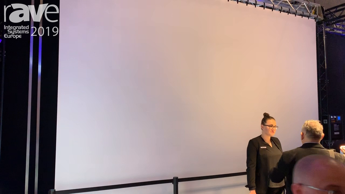 ISE 2019: Gerriets Showcases MEGASCREEN Rolling Screen System