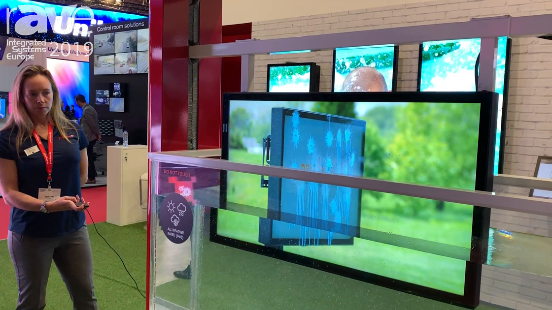 ISE 2019: Peerless-AV Demos Waterproof Xtreme High Bright Outdoor Displays With Water Tank Dunk
