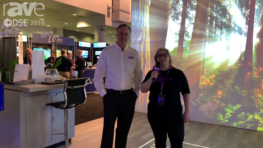DSE 2019: Gavin Downey of Epson Gives Sara Abrons a Booth Tour