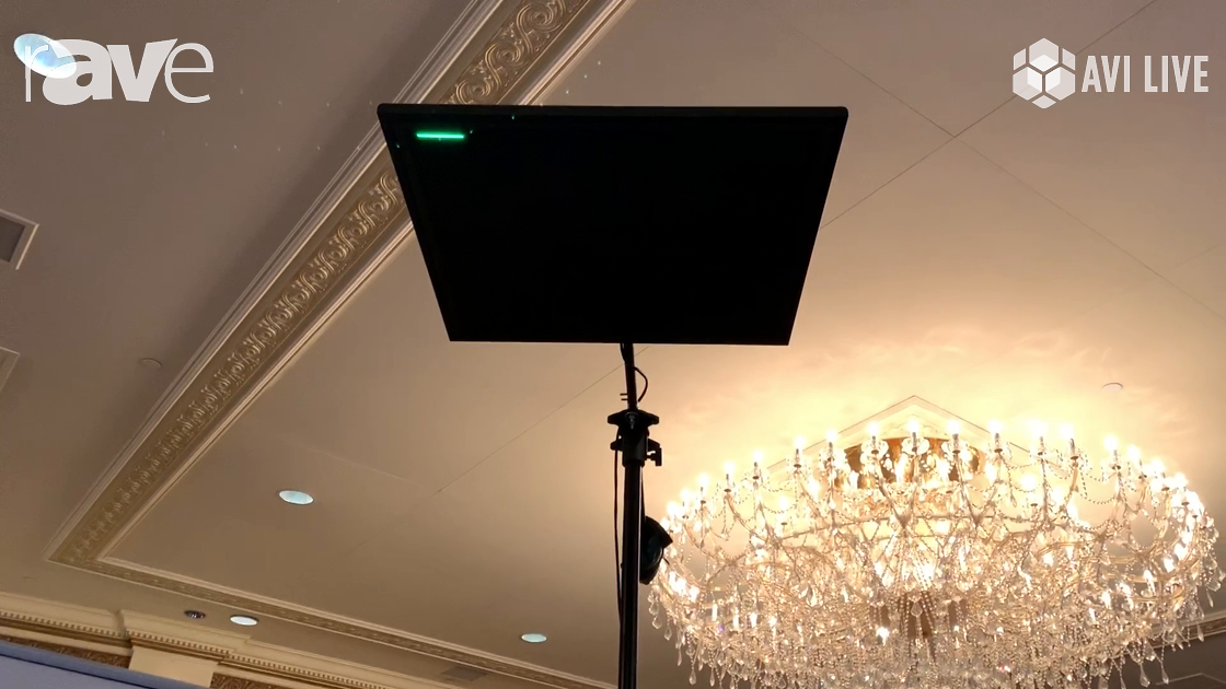 AVI LIVE: Shure Showcases MXA910 Ceiling Mircophone with P300 DSP