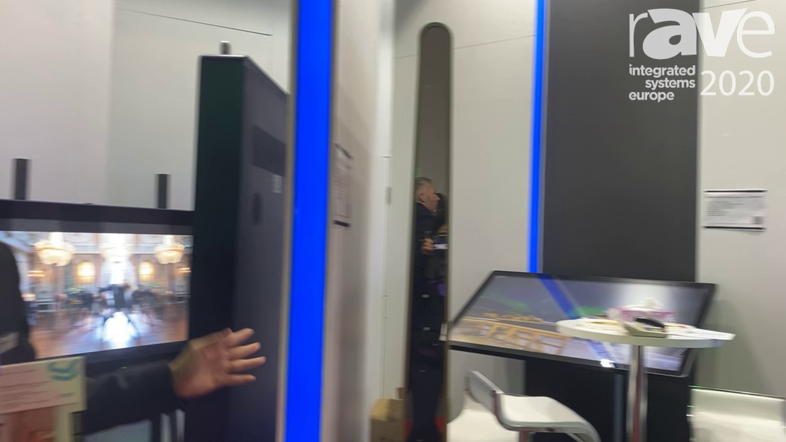 ISE 2020: Uniview Showcases Indoor Rechargeable Battery-Powered Displays, Including One With Touch