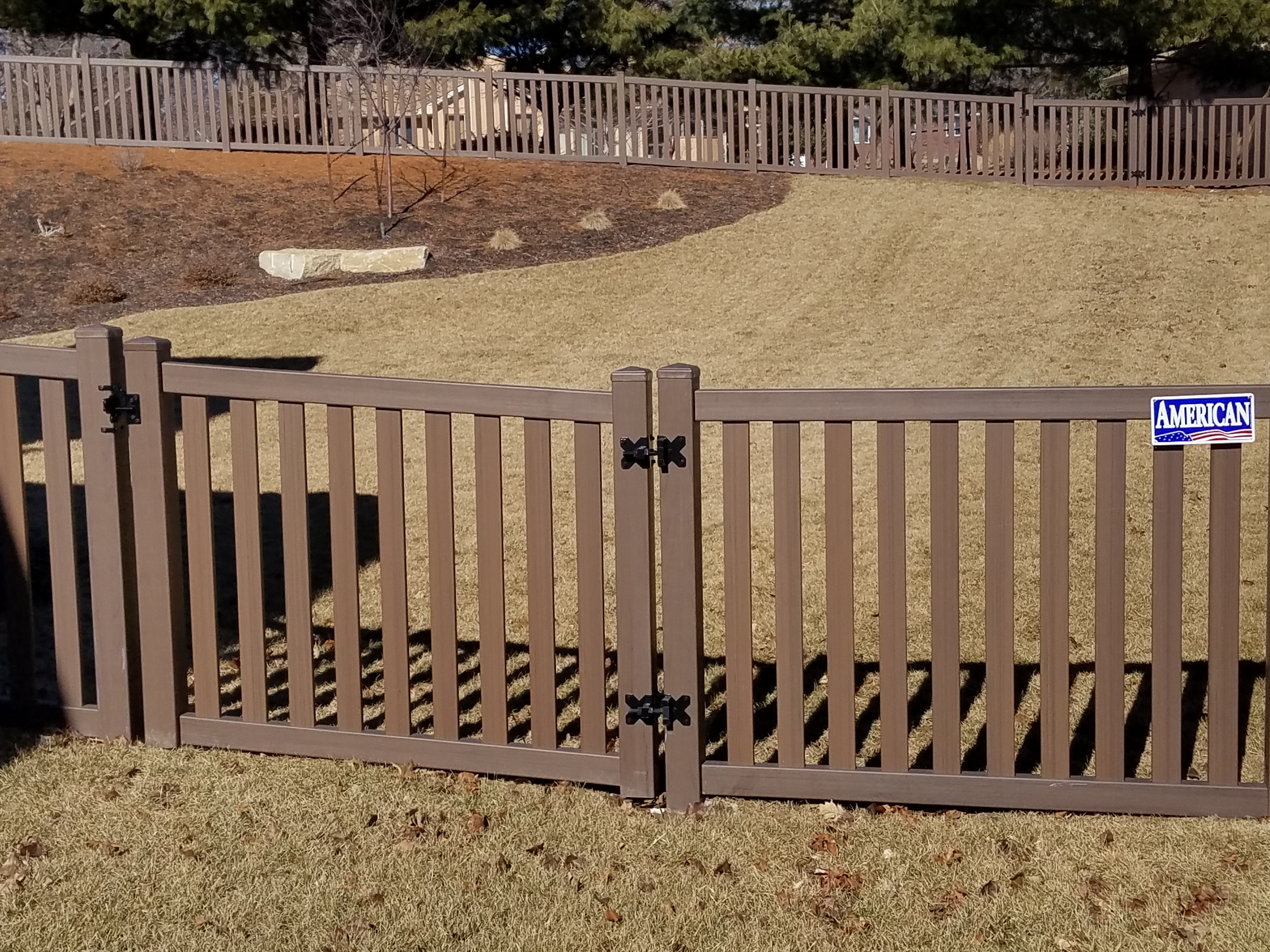 brown vinyl fence. We Are Proud To Offer Plygem\u0027s Woodland Select Series In Omaha, Lincoln, Grand Island, Kearney, Sioux Falls, Des Moins, Rochester. Brown Vinyl Fence C