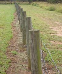 setting-chain-link-posts-12.jpg