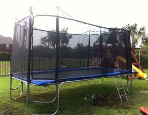 9x16-Texas-Star-Trampoline-with-Enclosure