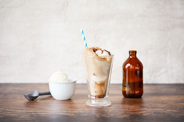 Rootbeer Float featuring American Heritage Chocolate