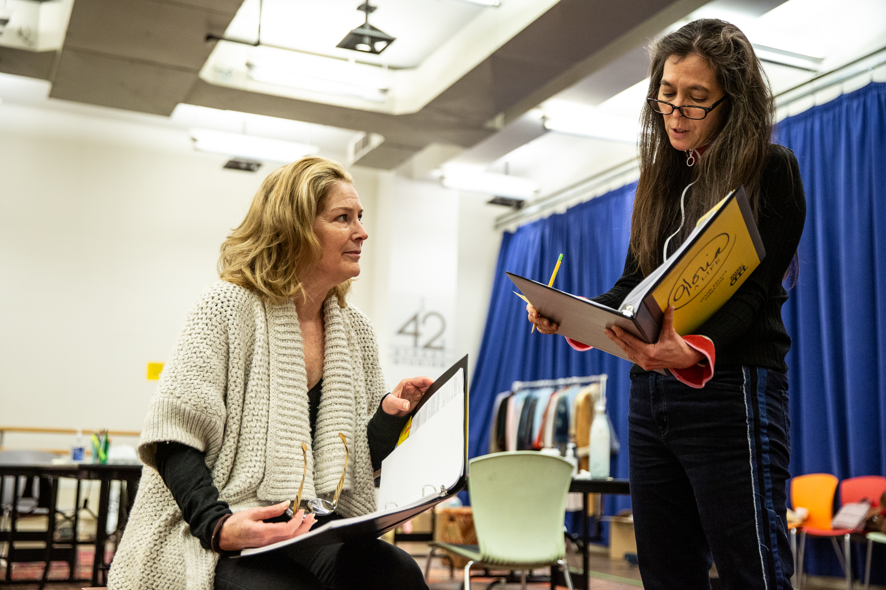 Patricia Kalember and Diane Paulus in rehearsal