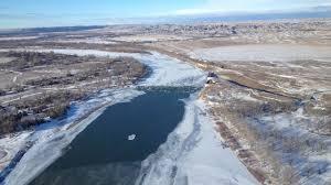 Oil spill on Yellowstone River near Glendive   PBS