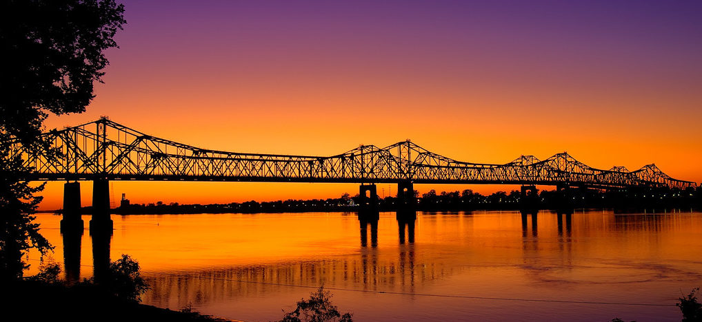 Sunset at a bridge over the Mississippi River