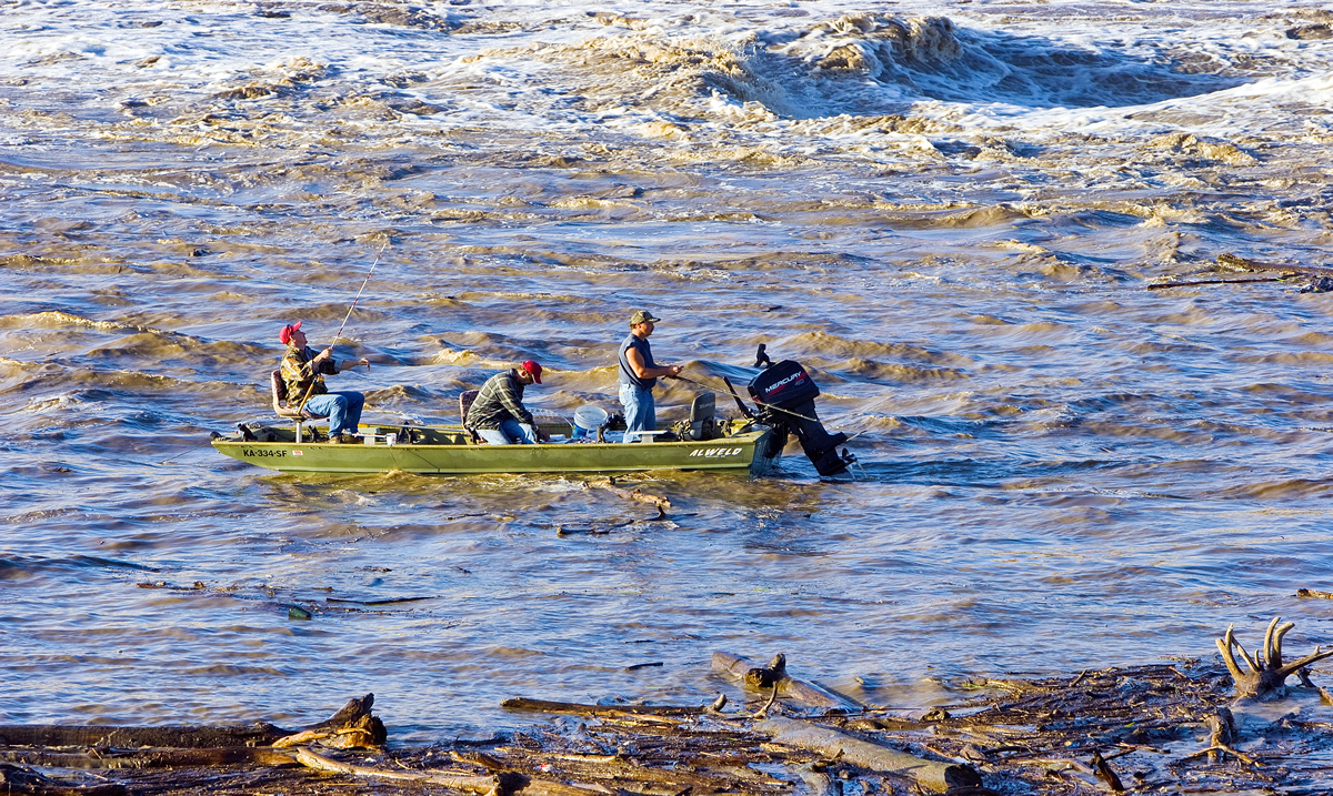 Fishing on a flooded, turbid Kansas River | Patrick Emerson