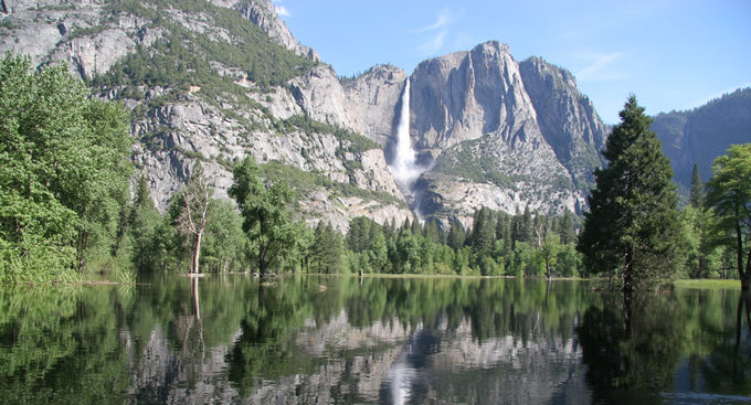Flooding in Yosemite Valley. | Simon Phipps