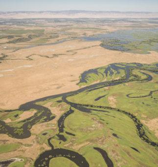 A VISUAL JOURNEY: RESTORING CALIFORNIA'S FLOODPLAINS Restoring Damaged Rivers