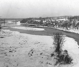 Mississippi Gorge near the Lake St. Marshall Ave. Bridge | Minnesota Historical Society