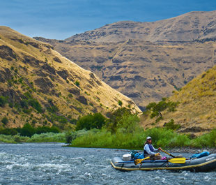 Paddling Washington's Grande Ronde River at the lower canyon above The Narrows. | Tim Palmer