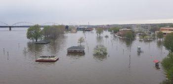 Flooding in Davenport, Iowa   Photo by Olivia Dorothy