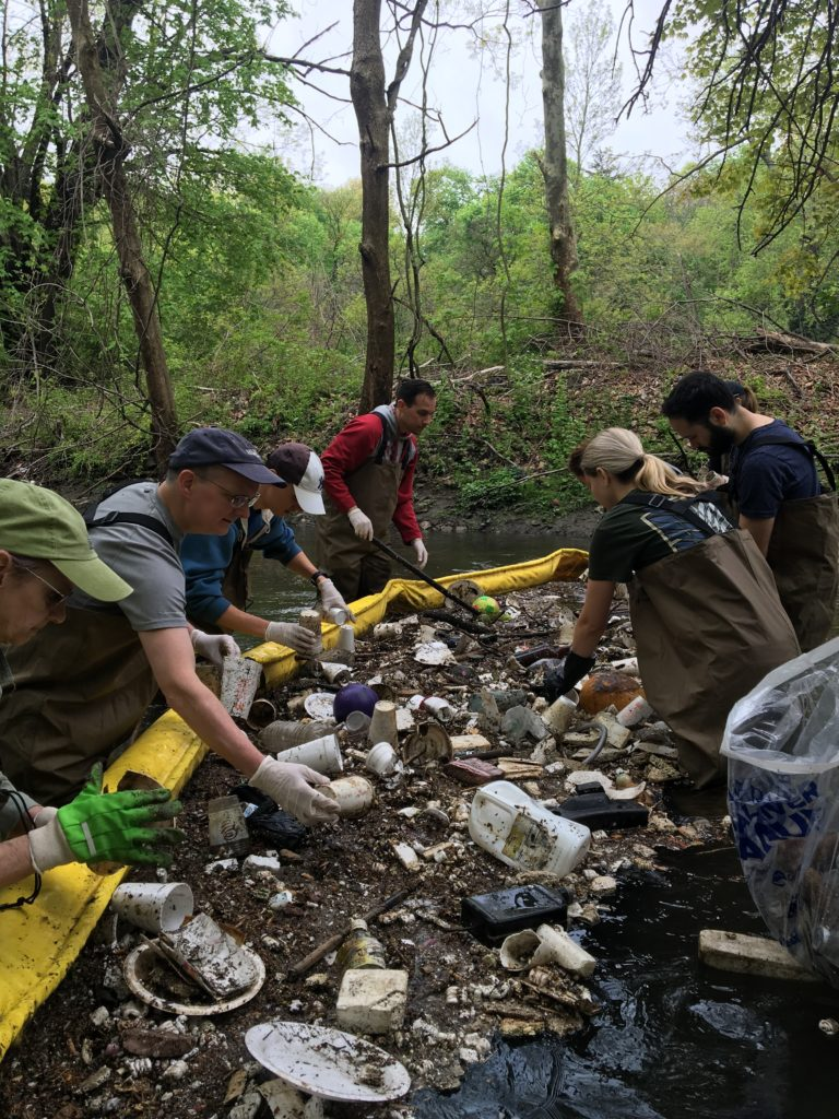 The National River Cleanup® 2019 Photo Contest WinnerBronx River Trash Boom Cleanup | Photo by Erin Cordiner and Westchester Parks Foundation