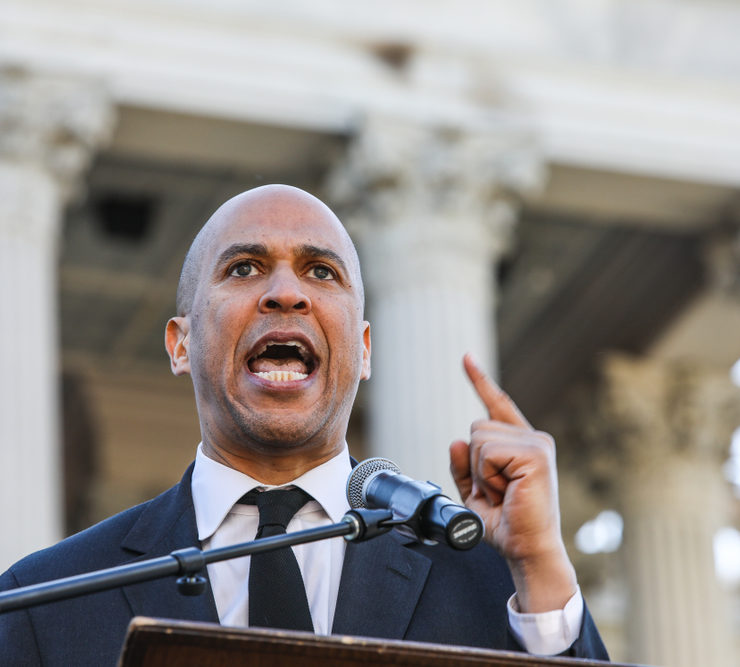 Democratic party presidential hopeful NJ Senator Cory Booker addresses a large crowd at the 19th annual King Day