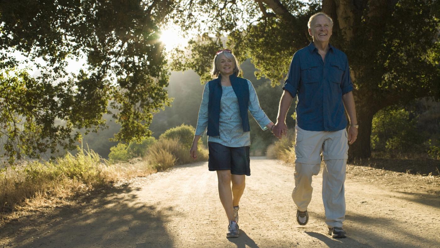 many-miles-average-person-walk-per-day