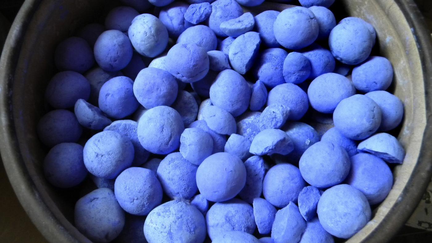 can-samples-color-indigo