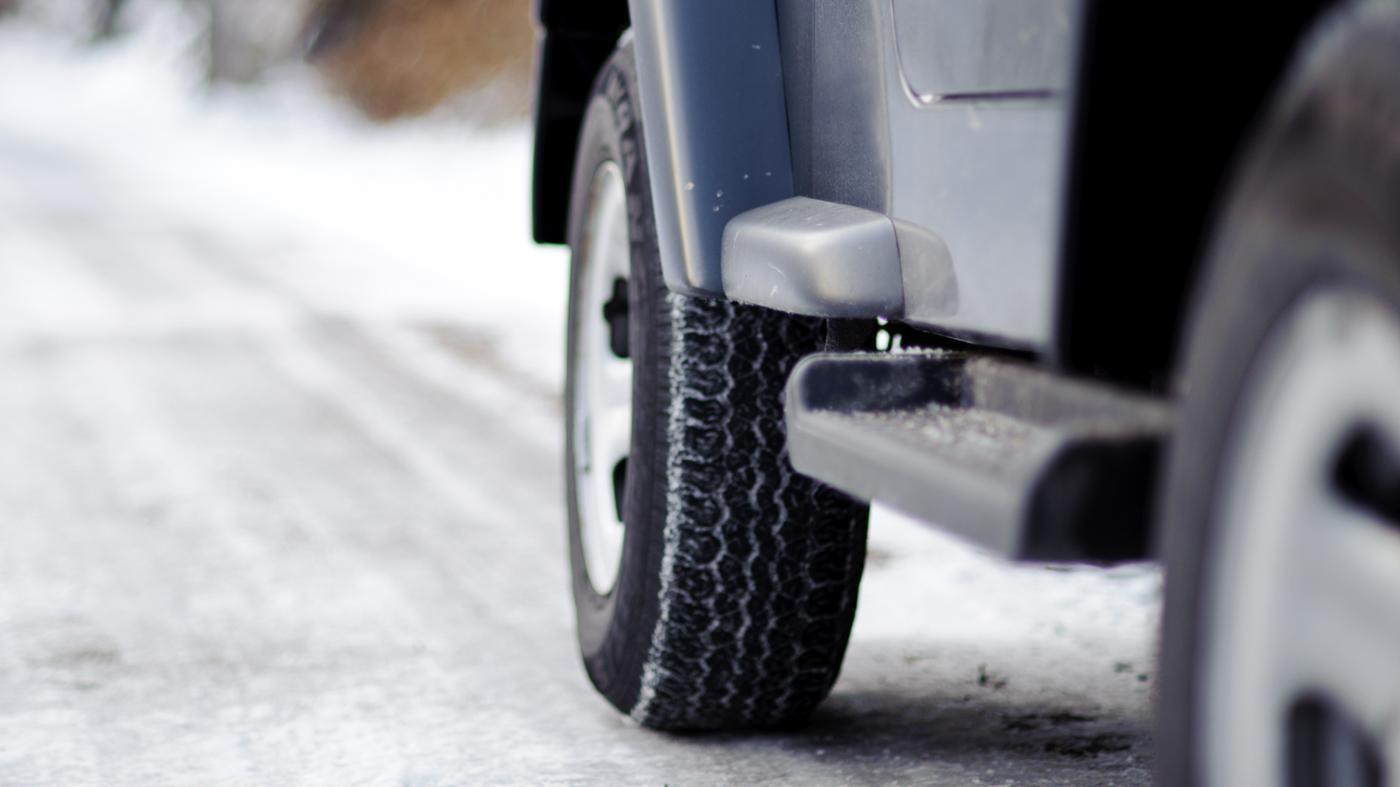 car-wheels-squeak