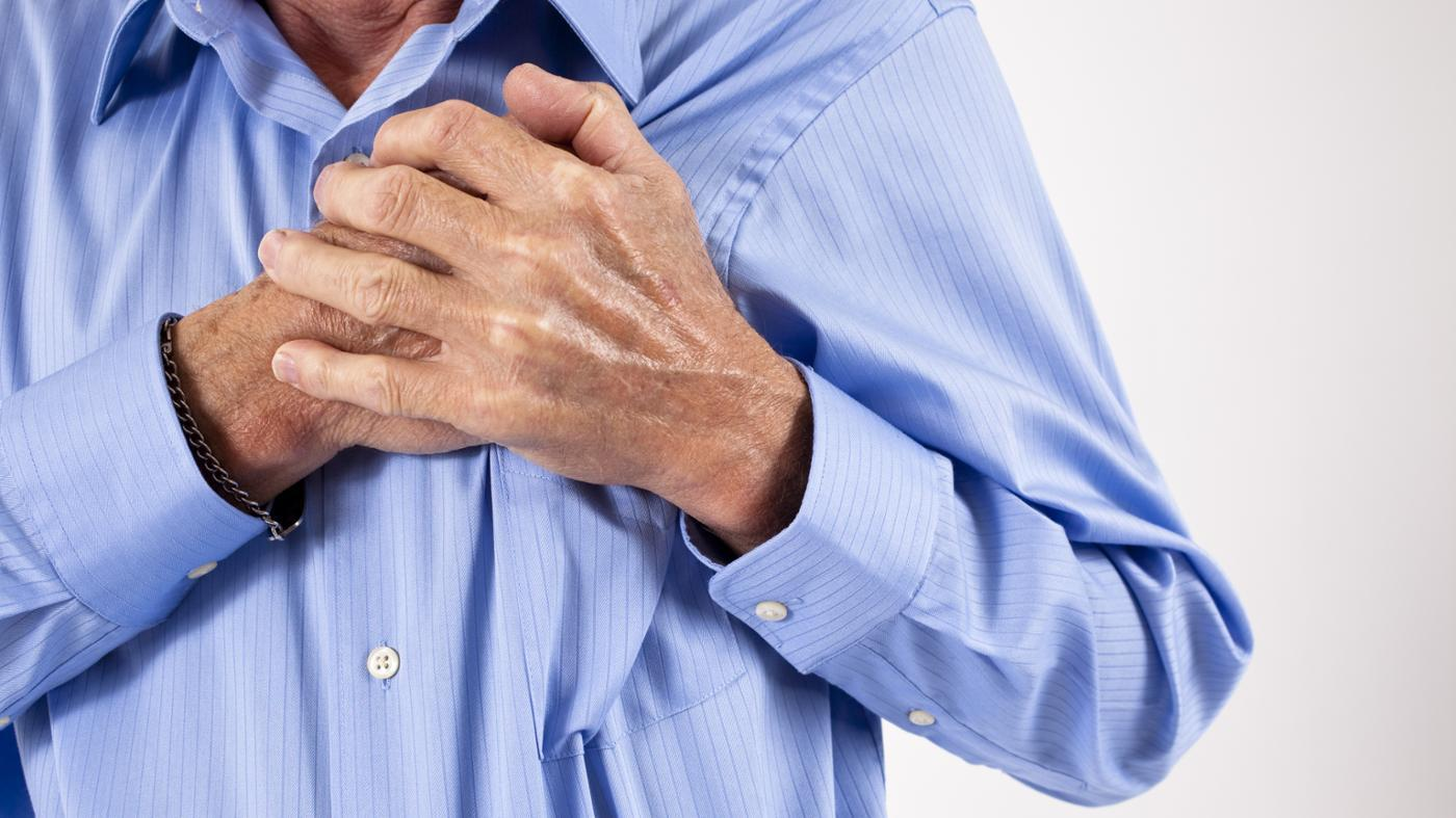 causes-slight-pinching-pain-upper-left-chest