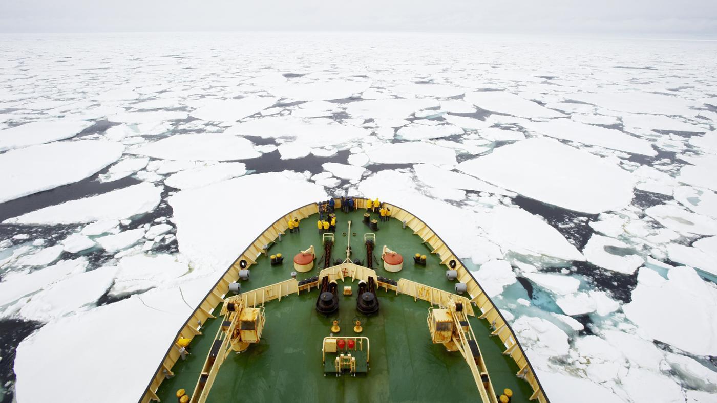 continents-arctic-circle-pass-through