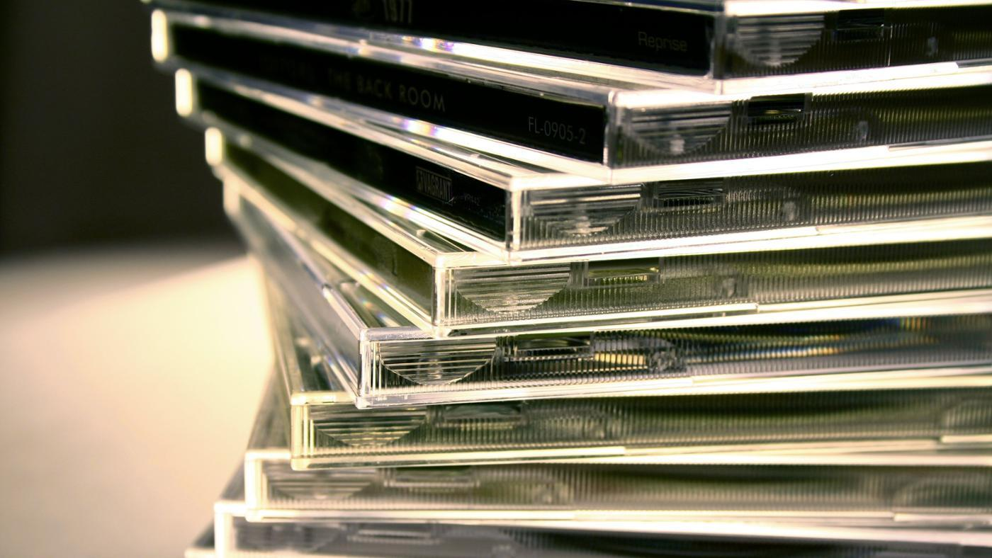 dimensions-cd-case