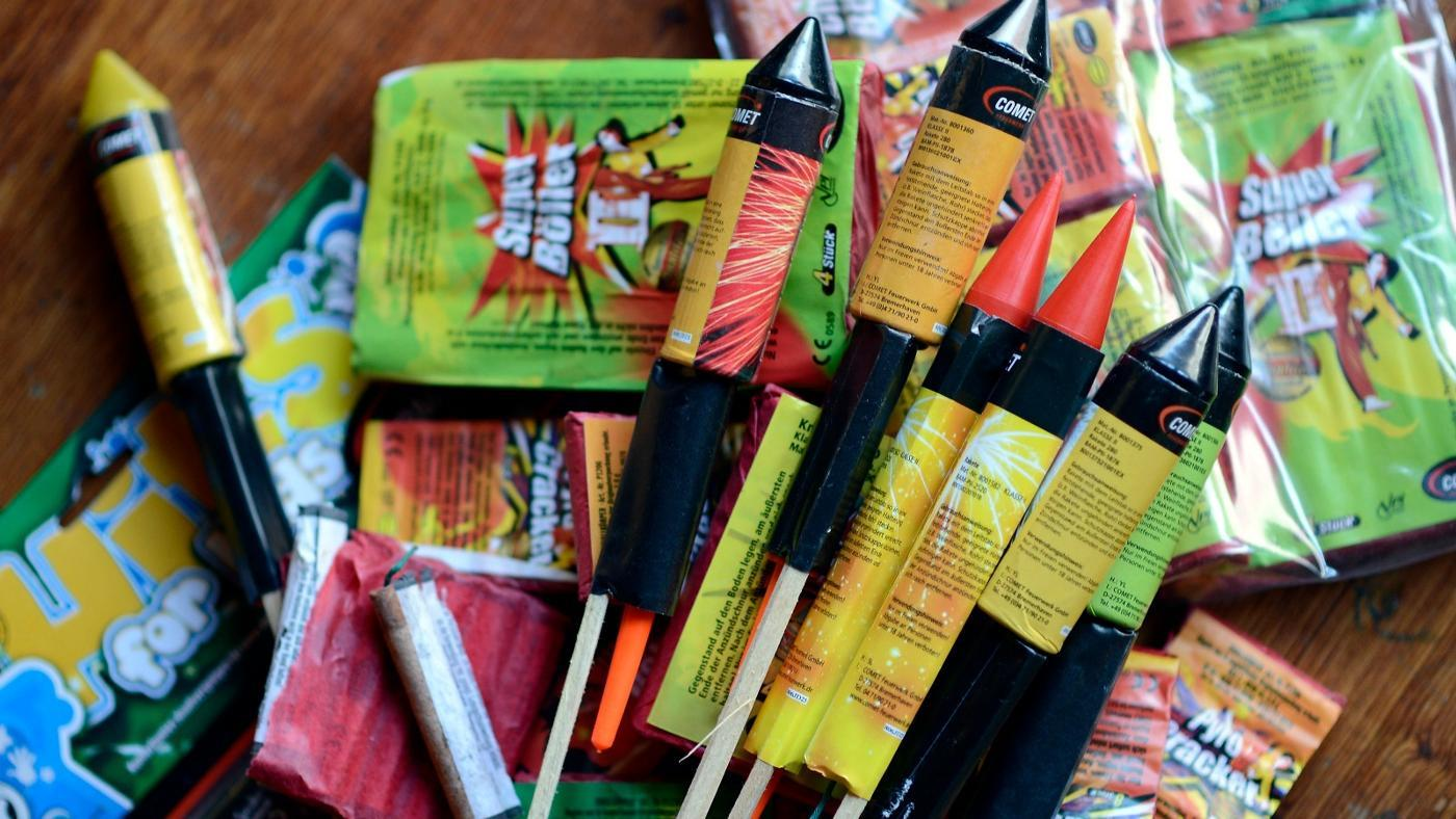 dispose-unused-fireworks