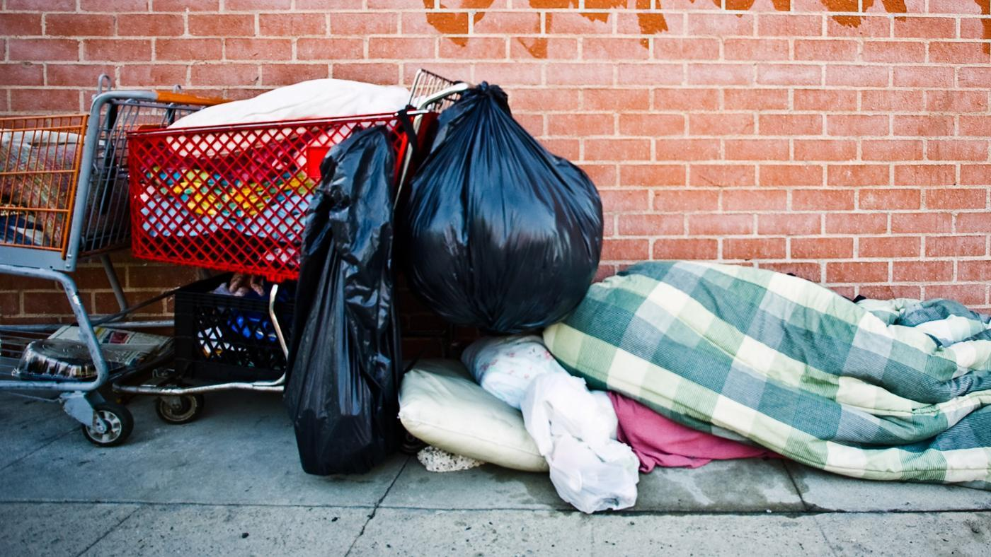many-people-become-homeless-year