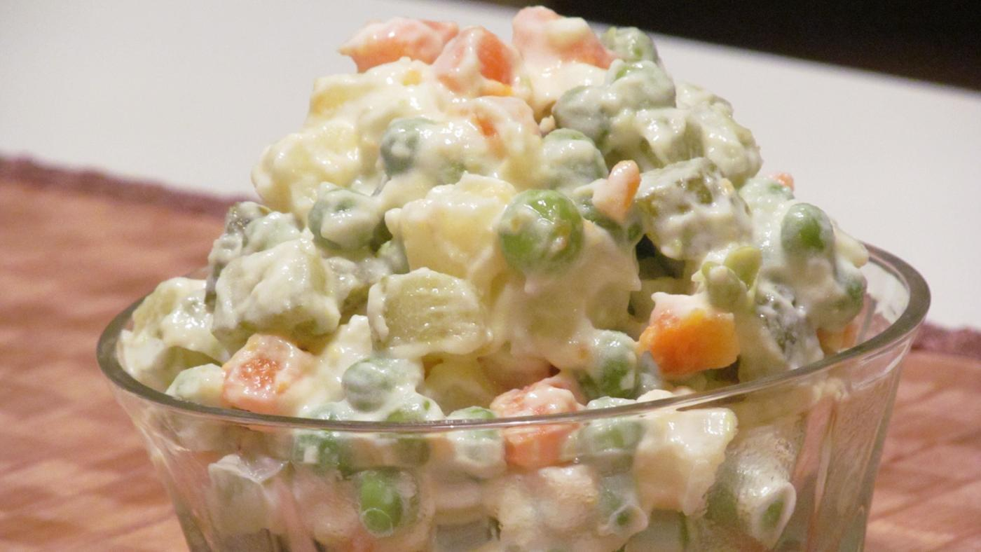 many-pounds-potato-salad-needed-feed-100-people