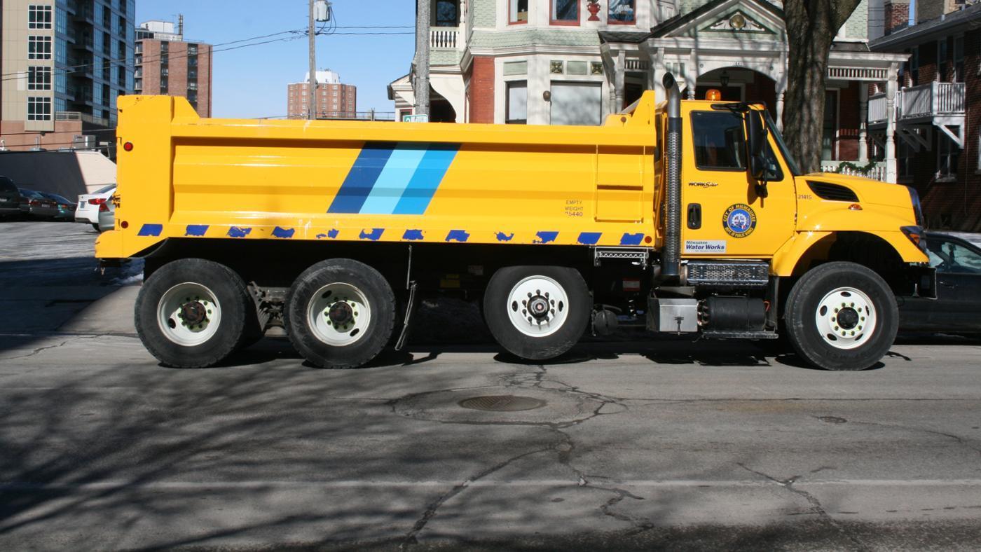 much-dump-truck-weigh