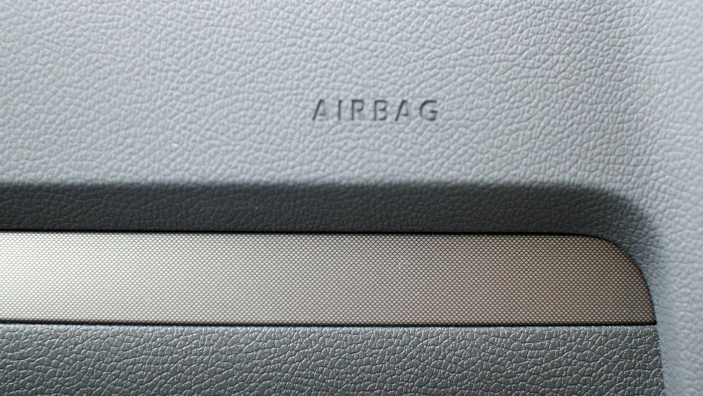 much-force-needed-deploy-airbag