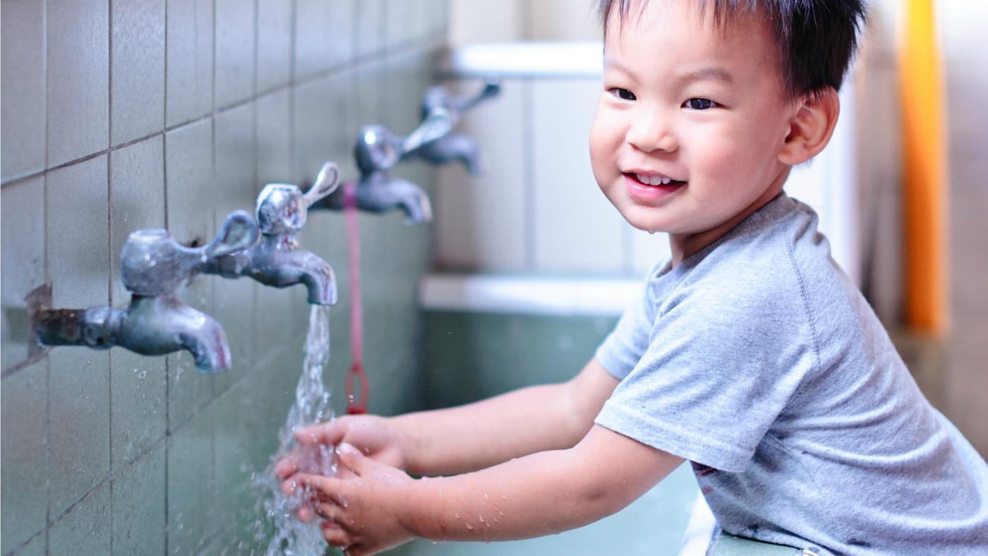 much-water-wash-hands